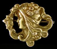 Art Nouveau Flora brooch. (J9102)