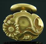Art Nouveau sunflower cufflinks. (J8148)