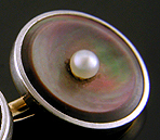 Carrington abalone and pearl cufflinks. (J9041)
