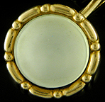 Carter, Howe mother-of-pearl cufflinks. (J9205)