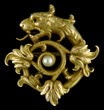 Victorian serpent and acanthus leaf brooch. (J9069)