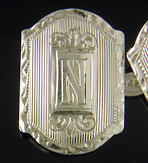 14kt gold cufflinks with 'N' monogram. (J8146)