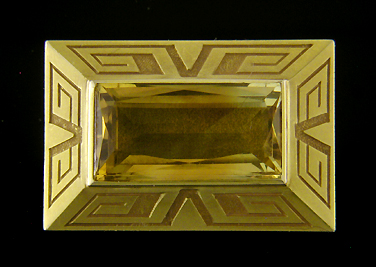 Art Deco citirne brooch. (J9067)