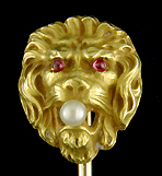 Victorian lion and pearl stickpin. (J9012)